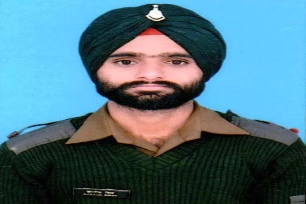 ceasefire violation by Pakistan, solider, Jammu and Kashmir, Poonch district, Line of Control LoC,