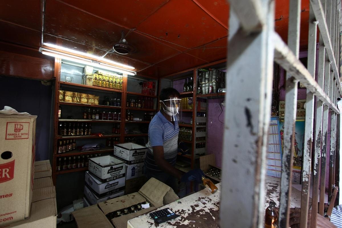 Liquor shops, Uttar Pradesh, Excise Department, Covid-19