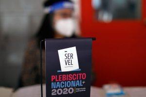 Chileans vote in constitutional referendum