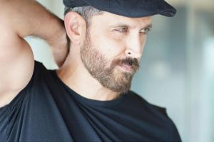 Hrithik Roshan lauds viral video of doctor dancing to 'War' song