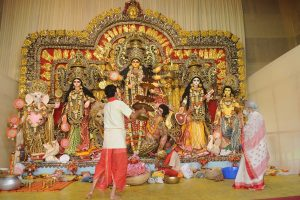 Durga Puja celebrations in full-swing amid strict Covid guidelines