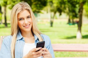 Study reveals how mobile apps grab our attention