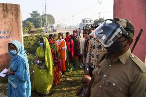 Bihar elections LIVE | BJP files complaint against Rahul Gandhi over his tweet asking for votes
