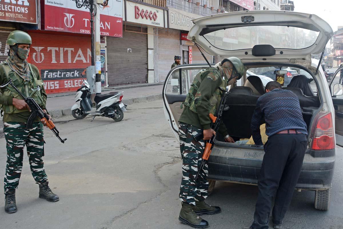 On call of Hurriyat, Kashmir observers shutdown on new land laws - The Statesman