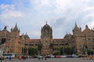 Major power failure across Mumbai, train lines affected