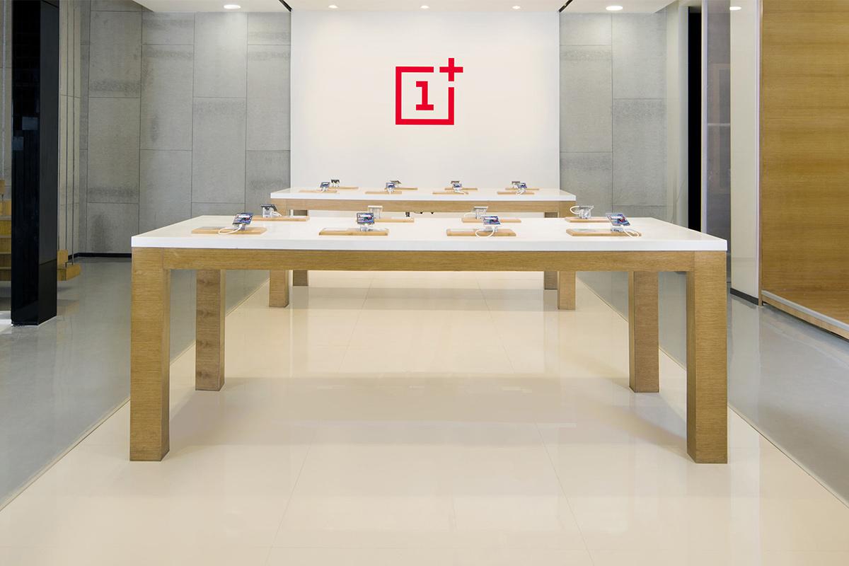 OnePlus Store, OnePlus India, Chinese smartphone maker, Navnit Nakra