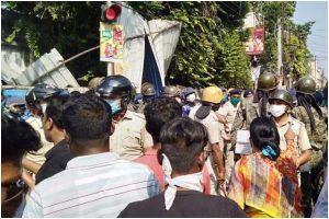 High tension in Howrah as BJP continues violent protest after leader's death in Bagnan