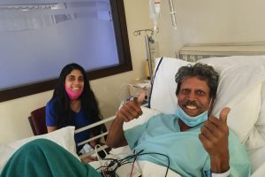 Kapil Dev seen recovering well in new photo after successful angioplasty