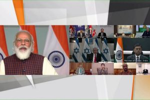 Stating $ 20 billion per year business prospects, PM Modi invites foreign investors to invest in India's 'green energy'