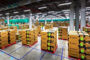 CAIT urges DPIIT to penalise Amazon, Flipkart for alleged violations