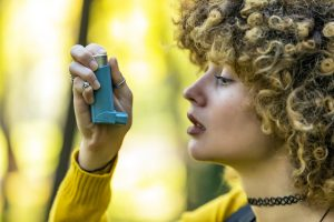 Night shift workers at high risk of severe asthma: Study