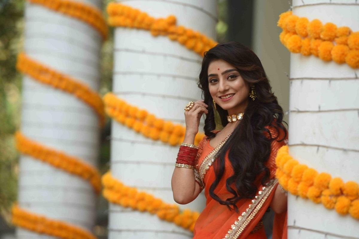Neha Marda, Kyun Rishton Mein Katti Batti, Siddhant Suryavanshi