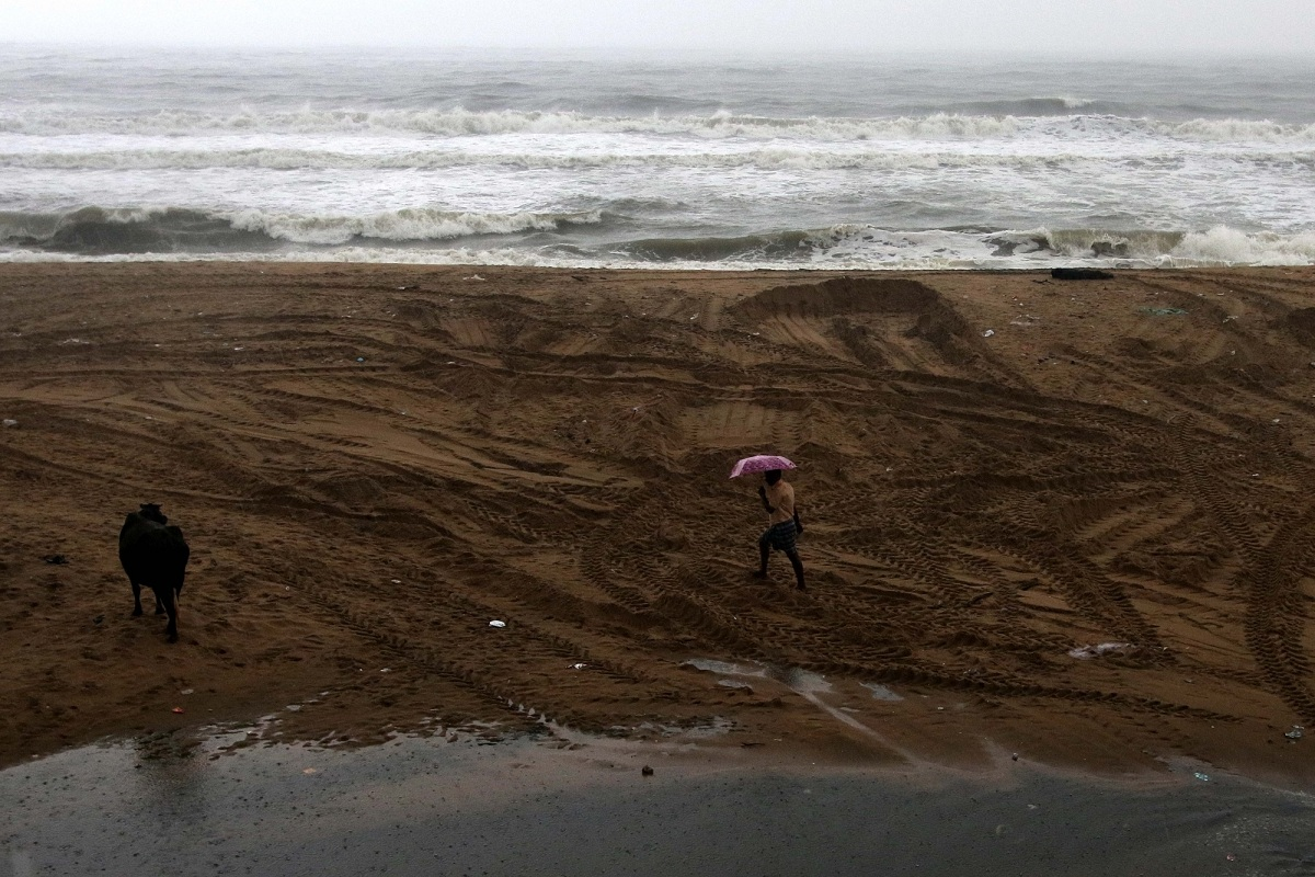 Cyclone Nivar, MHA, Ministry of Home Affairs, Cyclone, Nivar, Bay of Bengal, Tamil Nadu, Puducherry, Mamallapuram, IMD, Chennai, E Palaniswami, Andhra Pradesh, Telangana, Narendra Modi, Mahabalipuram