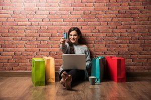Snapdeal reveals popular people choices this festive season, looks at most bought items across categories