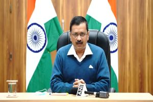 'Pollution an important factor': Kejriwal to PM Modi on rise in Covid cases