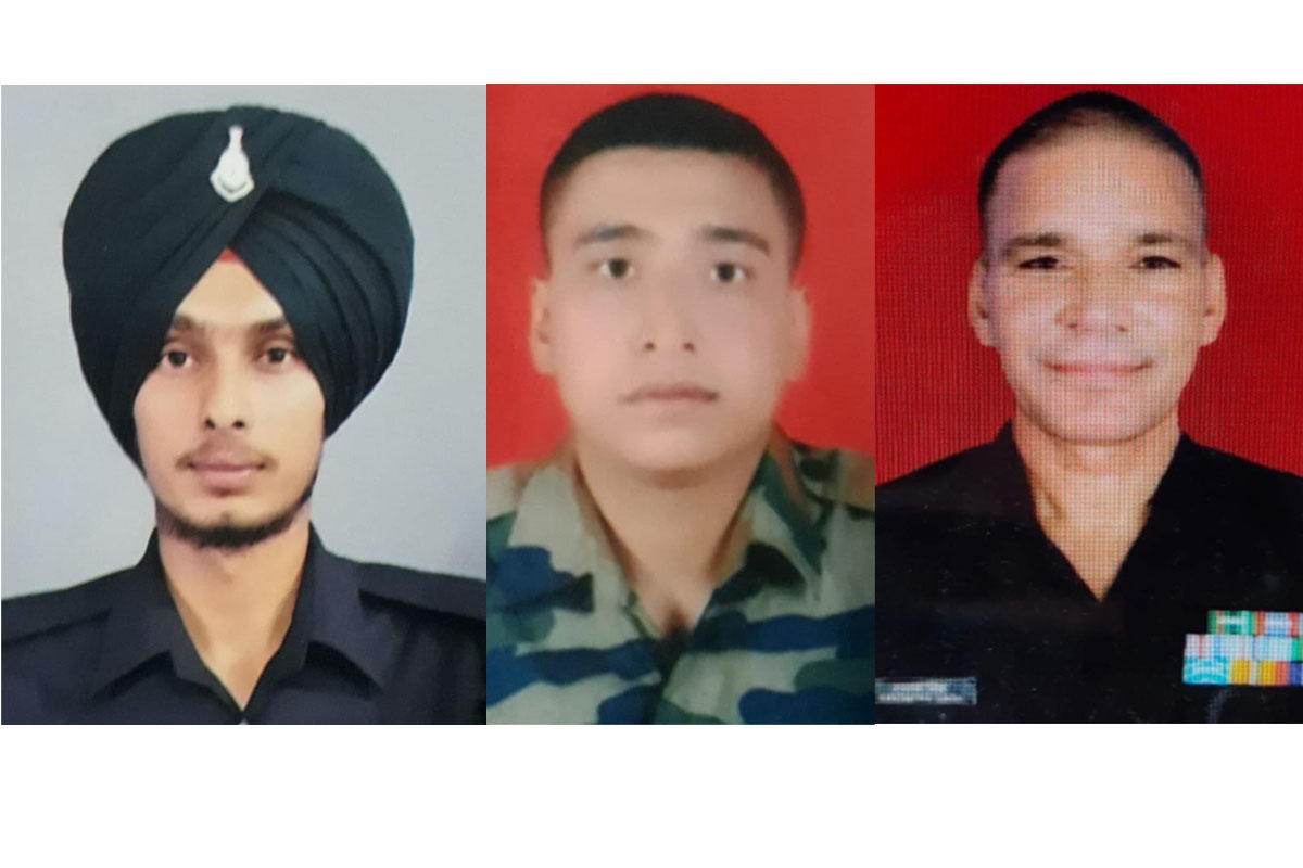 soldiers martyred, Pakistan troops, shelling, LoC, Indian Army