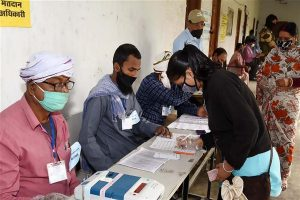 Bihar elections: 45.85% voter turnout recorded till 3 pm for phase III of polls