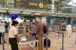 Goverment issues new SOPs for UK arrivals amid new coronavirus strain