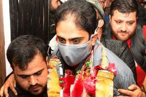 Mattu stages comeback as Mayor of Srinagar