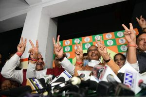 MP, Gujarat by-polls: BJP leads in both states, clean sweep in Gujarat
