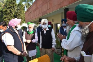Agitating farmers in Punjab allow trains to run from Monday night, talks to continue: CM Amarinder Singh