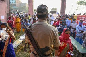 Bihar elections: Stone pelting during Nitish Kumar's rally in Madhubani