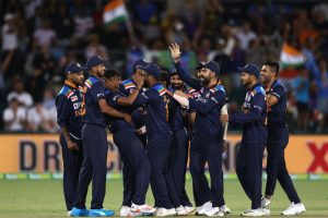 Concussion substitute Yuzvendra Chahal stars with ball as India beat Australia in 1st T20I