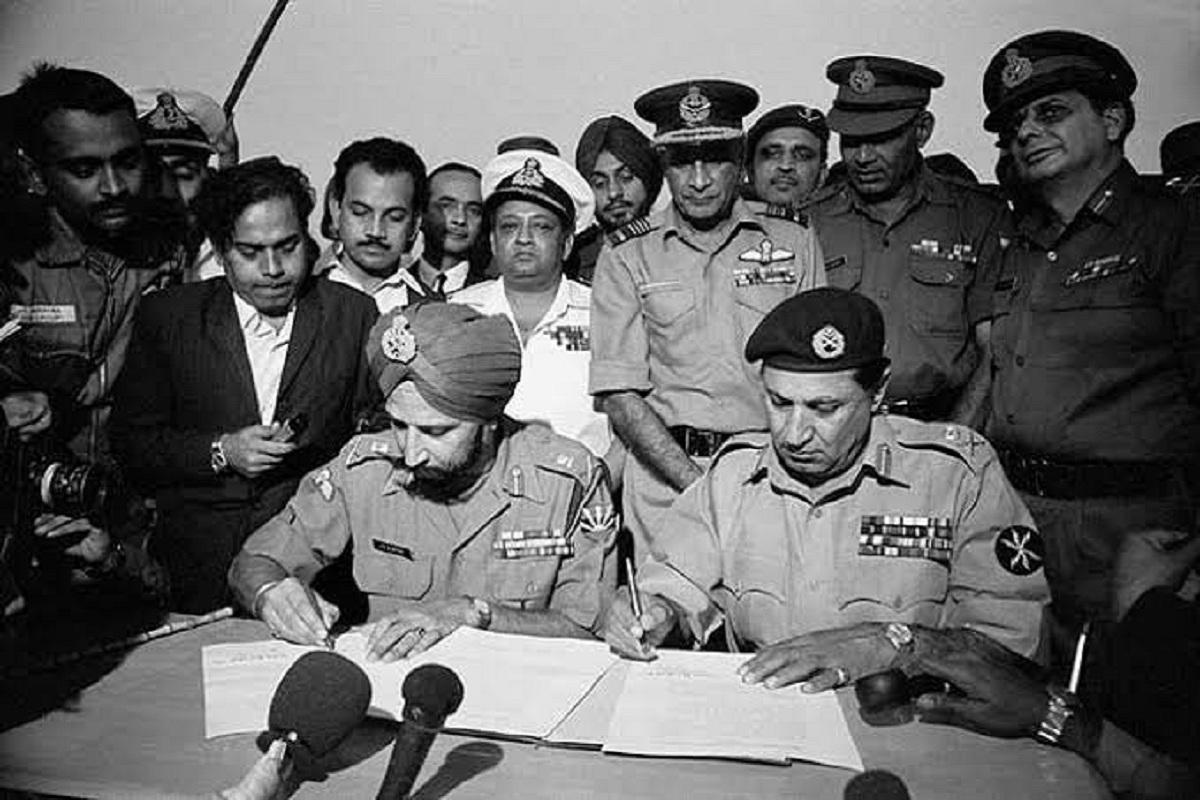 Vijay Divas, India, Pakistan, Indo-Pak War of 1971, Indian Army, Indian Air Force, IAF, Indian Navy