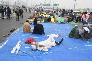 Protesting farmers camping near Delhi border on 'nine-hour long' hunger strike today