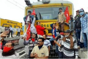 Bharat bandh observed in high spirits in West Bengal