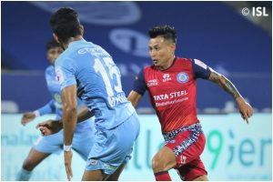 ISL: Mumbai City FC play 1-1 drawa as they fail to make most of 10-man Jamshedpur FC