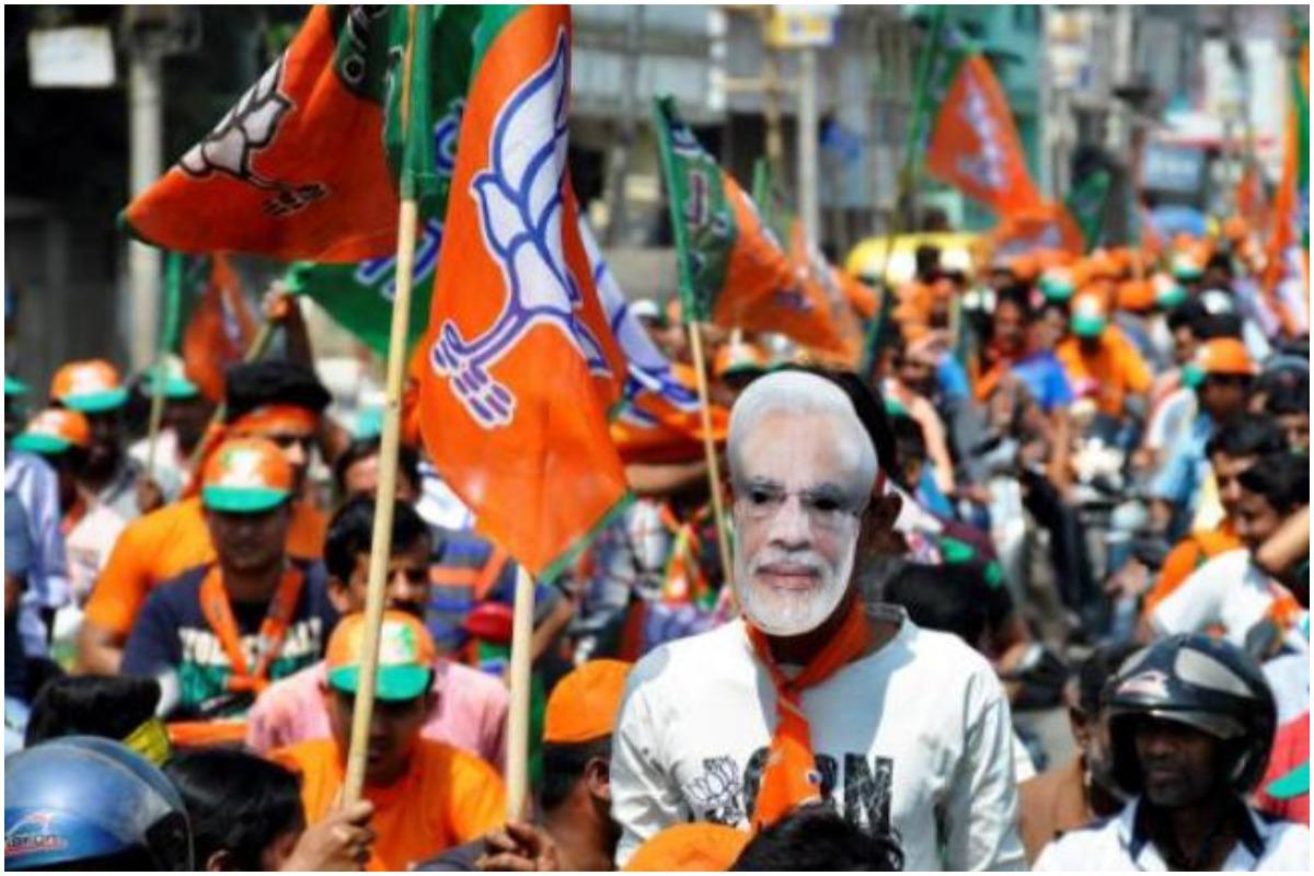 TMC-BJP clashes rock parts of Bengal,few injured