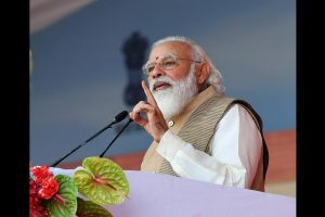 PM Modi pays tribute to Sikh saints, urge nation not to 'squander the sacrifices' made by them