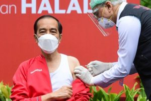 Indonesian President receives 2nd dose of Covid vaccine