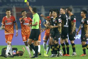 ISL 2020-21: 10-man FC Goa hold spirited fightback from SC East Bengal to play 1-1 draw