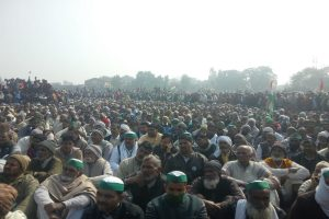 UP farmers to 'strengthen' agitation now