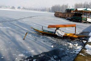 Srinagar's Dal Lake freezes after 30 years as mercury dips minus 8.4 degrees Celsius
