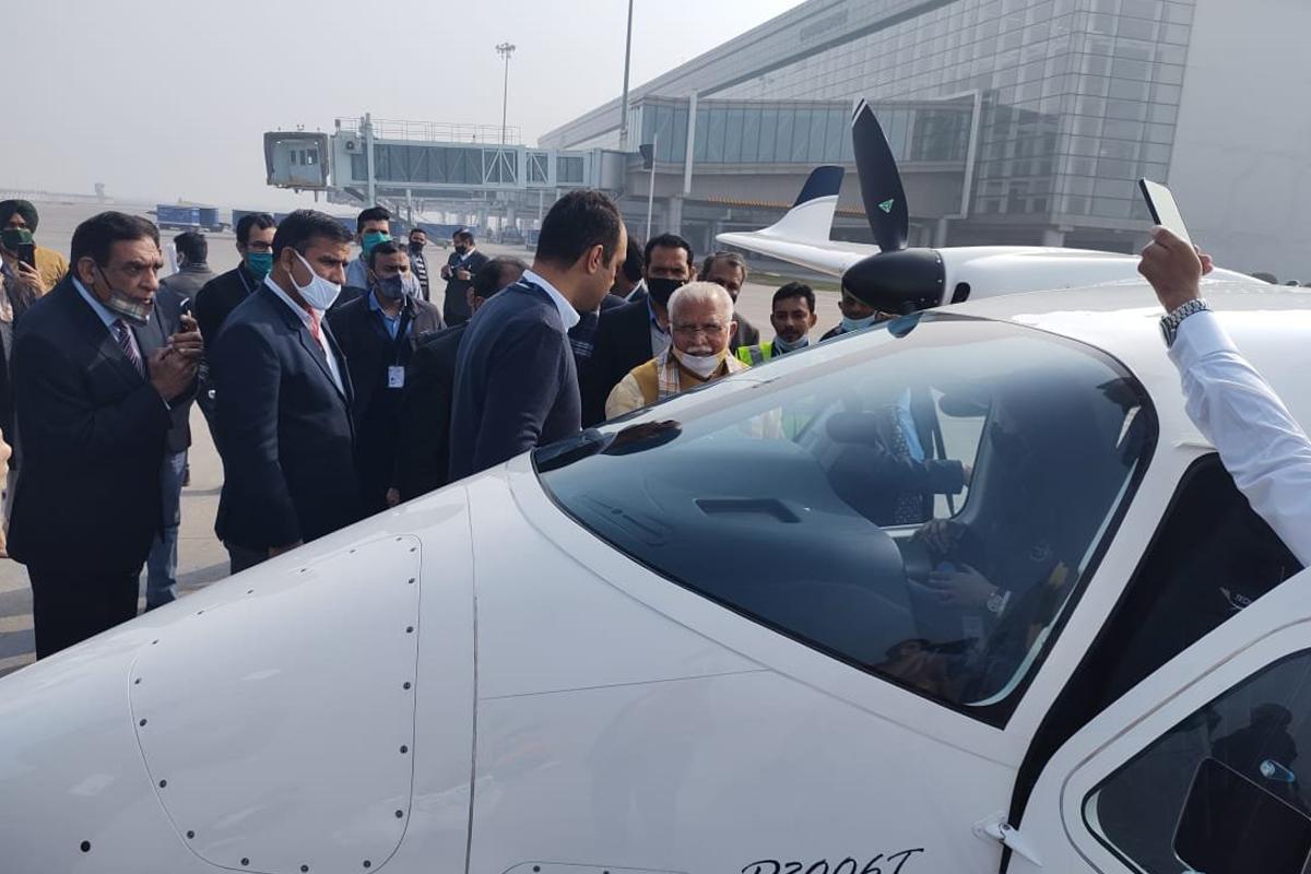 Manohar Lal Khattar, air taxi, Chandigarh, Hisar