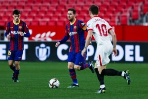 Sevilla beat Barcelona 2-0 in first leg of Copa del Ray semifinal
