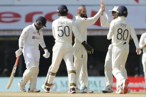 IND vs ENG: India all out for 329 in first innings; Rishabh Pant unbeaten at 58