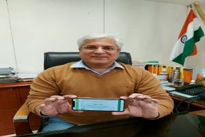Gahlot urges people in Delhi to switch to EVs