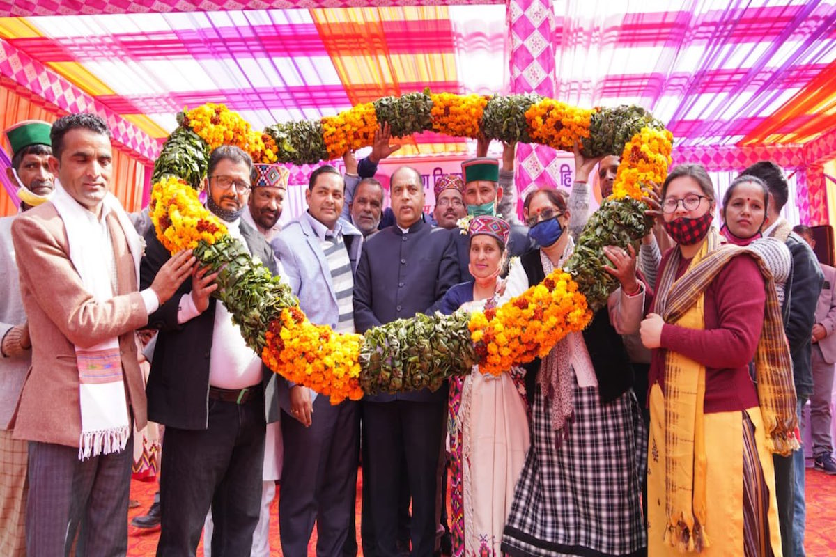 HP govt to safeguard interests of people engaged in sericulture: CM