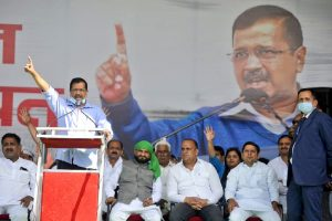 'It is a do or die battle for farmers', says Arvind Kejriwal at Meerut Kisan Mahapanchayat