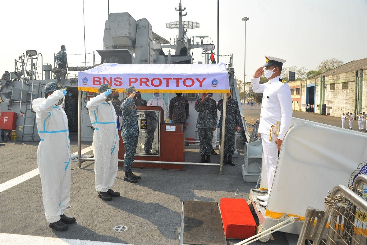 Bangladesh Navy, Prottoy, Mumbai, Bangladesh, India, Republic Day