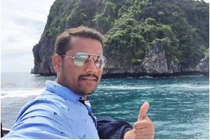 Rahul Dakare is a multifaceted digital marketer who chases his dreams