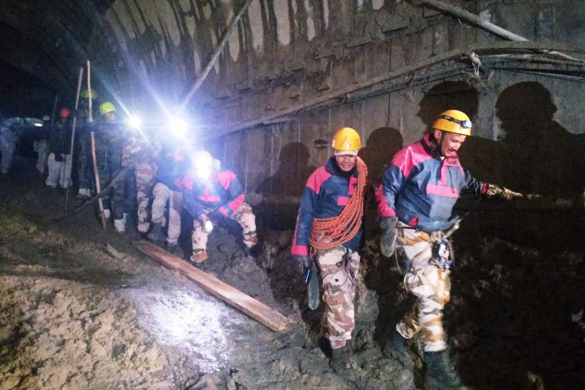 Tapovan tunnel, Chamoli flash flood, Uttarakhand State Disaster Management Authority, artificial lake, search and rescue team,