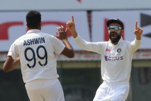 1st Test: England lose Burns for duck after bowling Ind out for 337