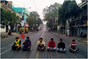 Normal life partially hit by Left Front's 12-hour strike in West Bengal
