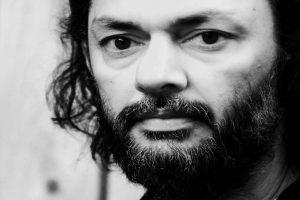 I make films on subjects that give me sleepless nights: Rakeysh Omprakash Mehra