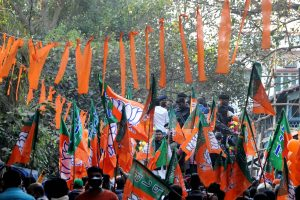 BJP top leaders meet, discuss strategy for polls, vax drive